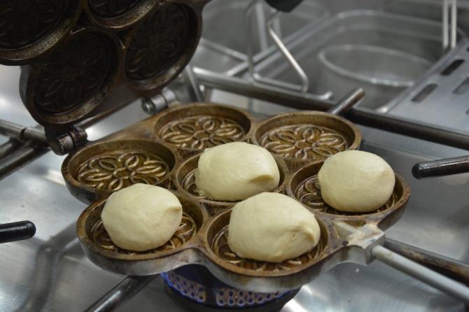 a3鹽漬豬油風味餅 (Tigelli con pesto Modenese)